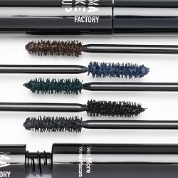 Expressive Eyes Even-More-Volume Mascara di Make Up Factory