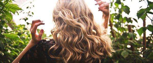 olio per i capelli